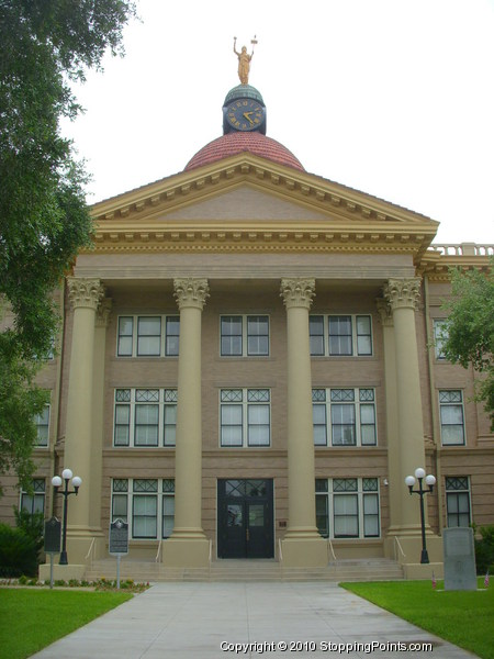 Beeville Courthouse